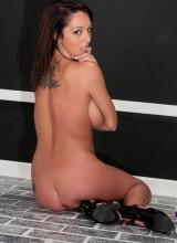 Nikki Sims 14