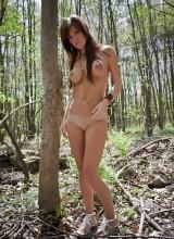 Femme Eden 11