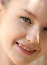 Emily Bloom 15