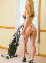 Alisa Kiss - Housekeeping