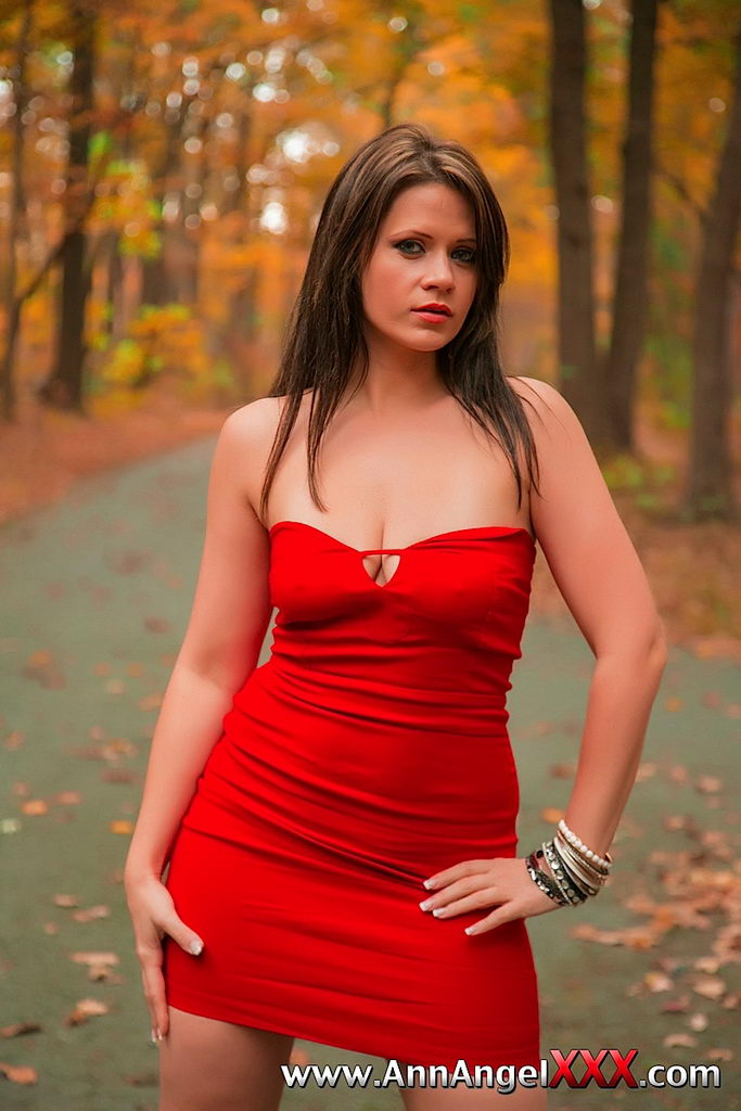 milf. big boobs heels