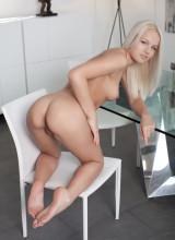 Karina 10