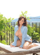 Jodie Gasson 9