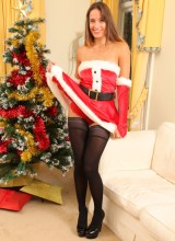 OnlyOpaques: Busty Sammie Pennington the sexy Santa in stockings