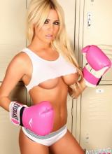 Amanda Lynn 6
