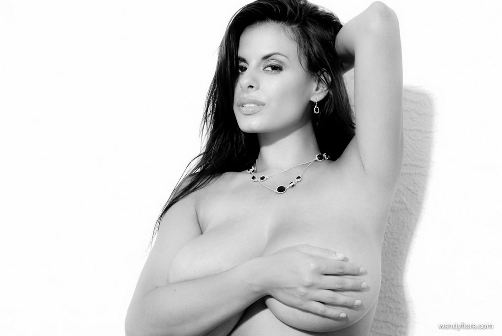 Wendi nix topless — img 13