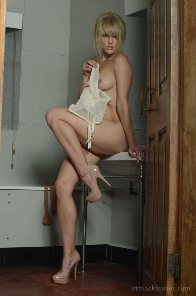 Female domination picture post-5188