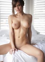 Femme Eden 7