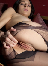 The Life Erotic: Bella T - Dark Secrets
