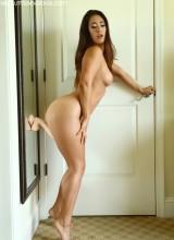 Eva Lovia 11