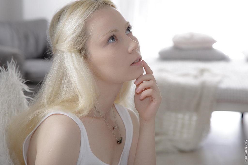 My angel martina 18onlygirls blonde