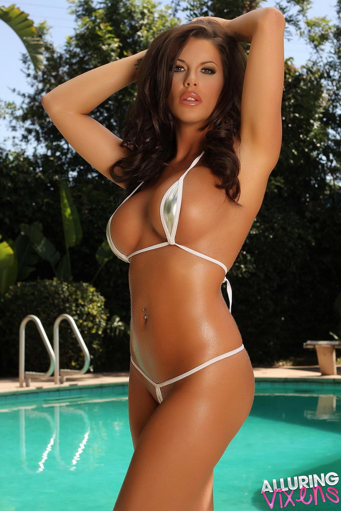 Alluring Vixens: Arian Teases In A Very Skimpy Teardrop String Bikini