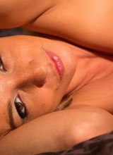 Nikki Sims 12
