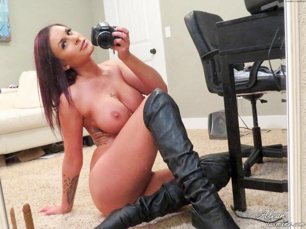 Aleah Jasmine - Selfie Fun