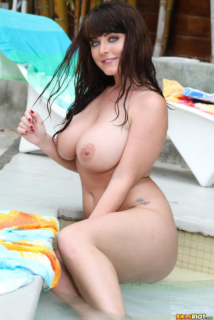 Sophie Dee 2