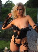 Jess Davies 8