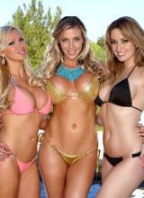 Angela Sommers, Nikki Benz, Samantha Saint 4