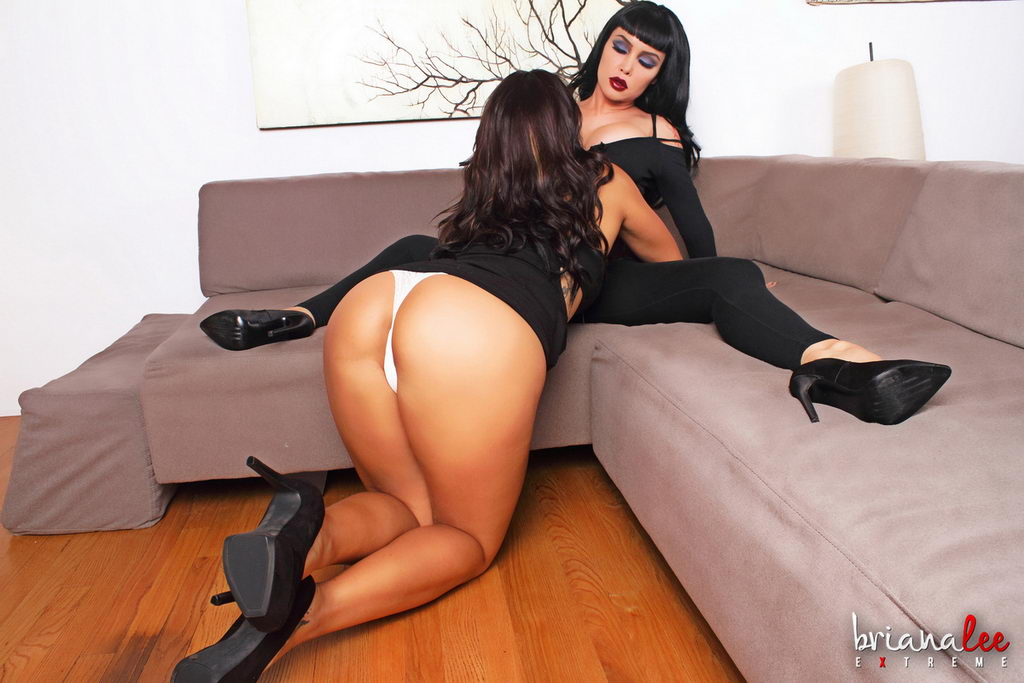 Briana Lee Extreme - Couch Sex   Web Starlets