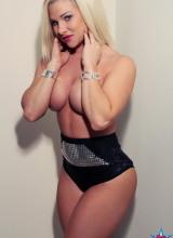 Renee 9