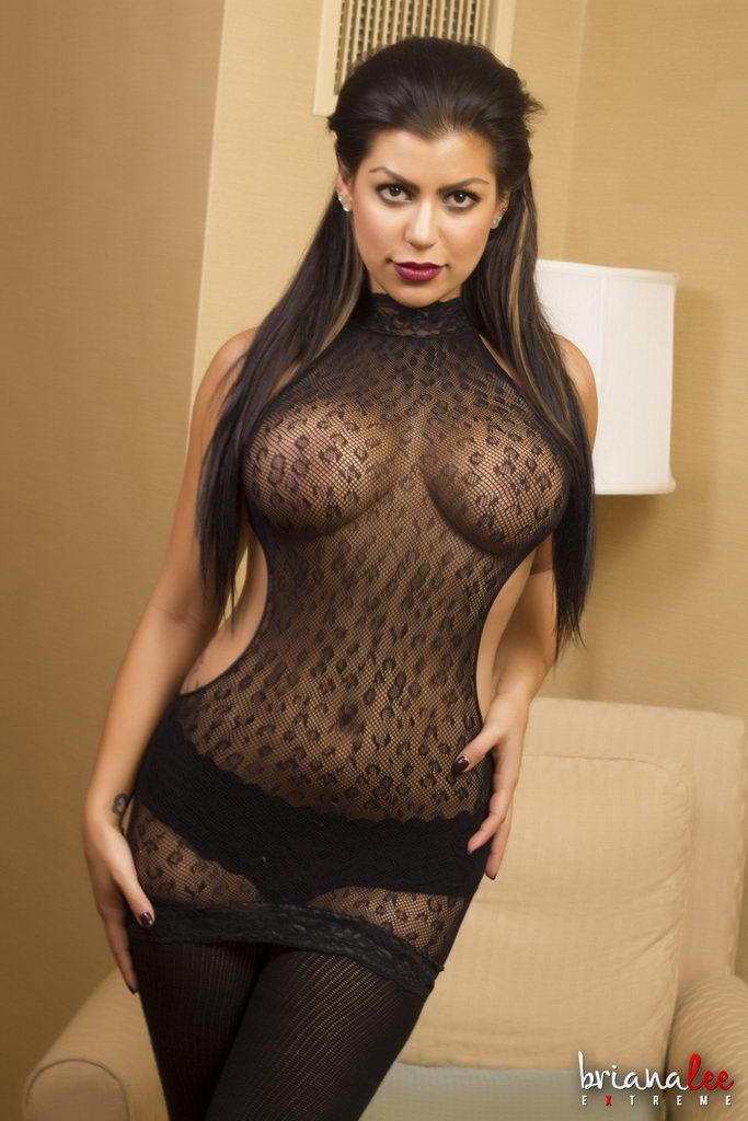 Briana Lee Extreme - Plugged