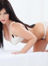 Nina Evans 3