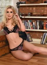 Jess Davies 6