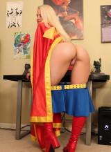 Alisa Kiss - Supergirl