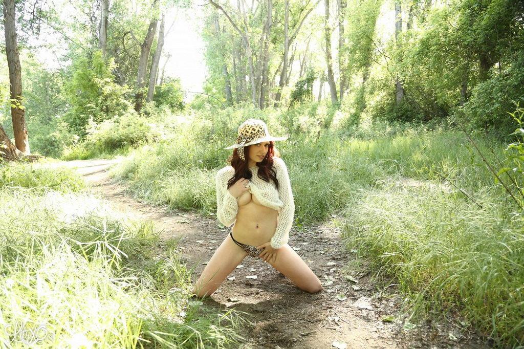 Lily Xo - On Safari