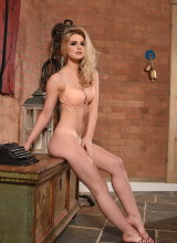 Jess Davies 2