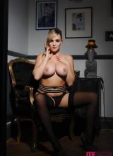 Jodie Gasson 13