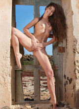Sex Art: Lorena B - Rocks