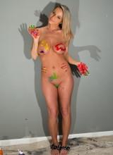 Nikki Sims 10
