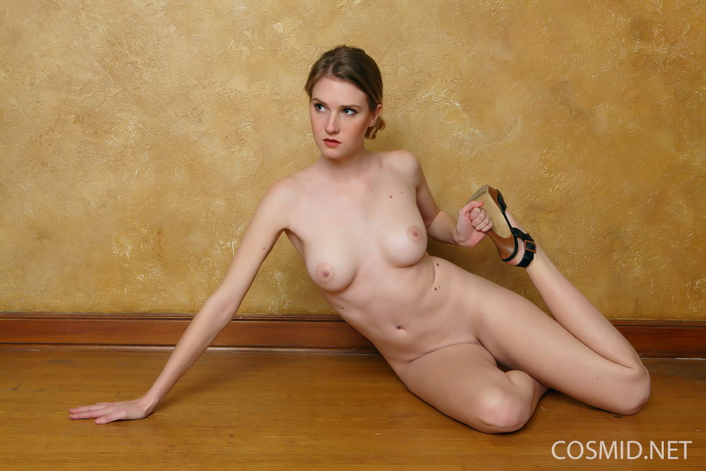 Ashley Gold Nude Photos Gallery