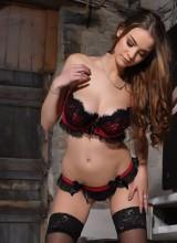 Emelia Paige 6