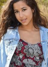 Bella Quinn 5