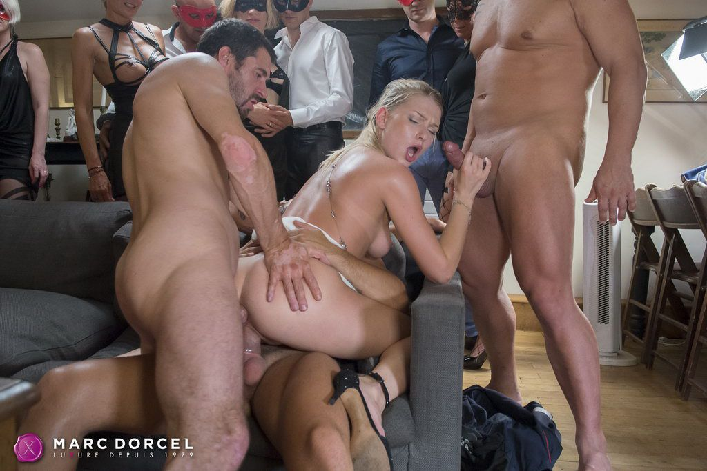 Young blonde girl alexa grace gets mouth fucked pov 6