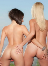 Twistys: Darcie Dolce, Xandra Sixx - Pretty Girls With Bad Attitude