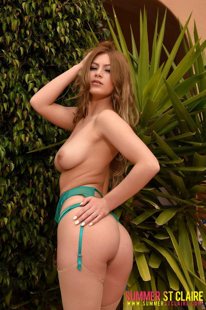Summer St Claire In Sexy Green Lingerie