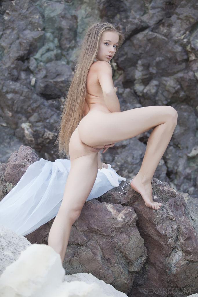 Smith cho naked