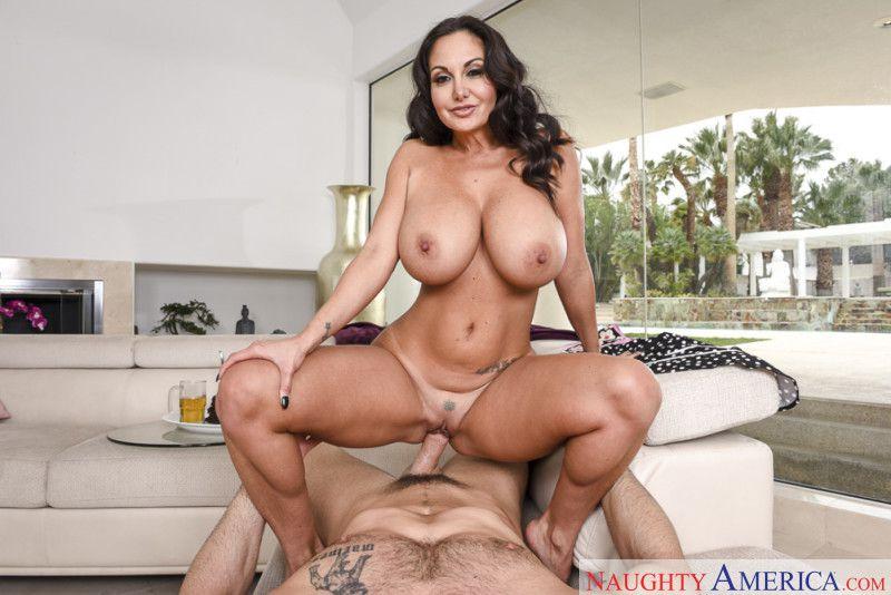 Big ass ebony milf porn