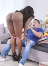 Naughty America: Diamond Jackson - My Friend's Hot Mom