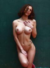 Jennifer Ann Shooting Nude Outdoors