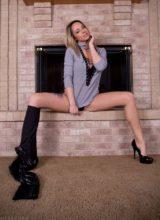 Nikki Sims - Fire