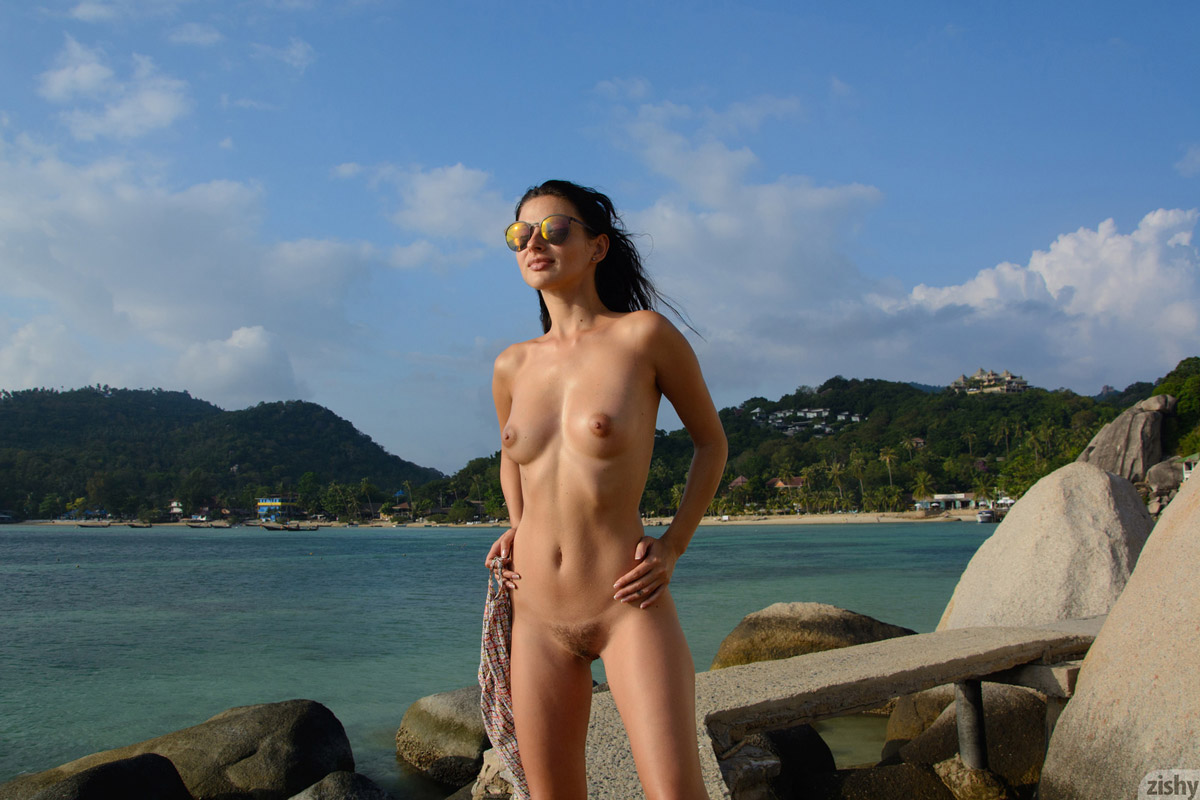 What should i pack for a nude resort