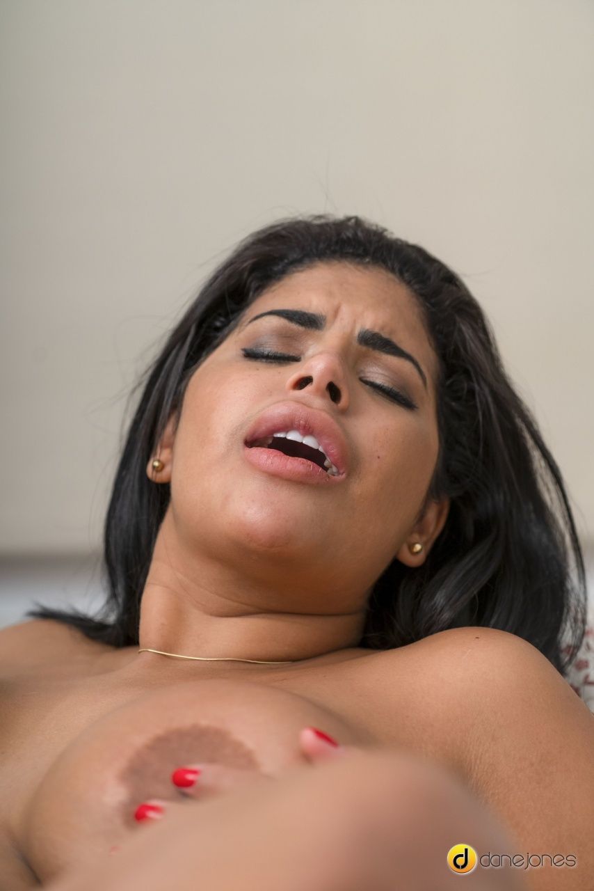 Sexy Hub: Sheila Ortega - Voluptous Latina Riding Big Dick