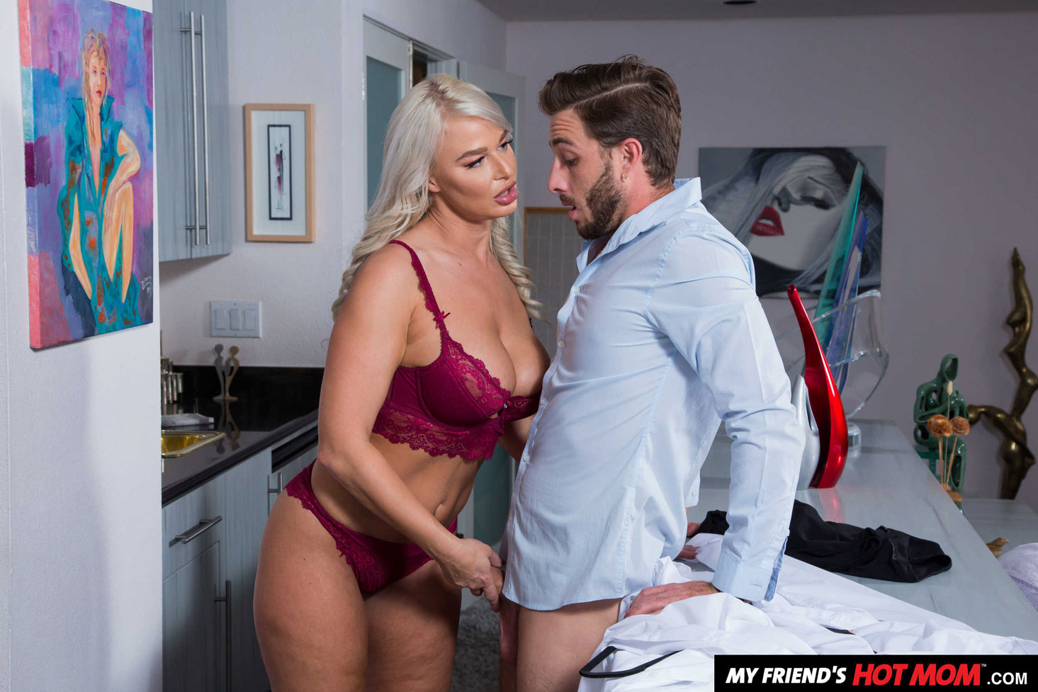 Naughty America: London River - Fucked In The Kitchen