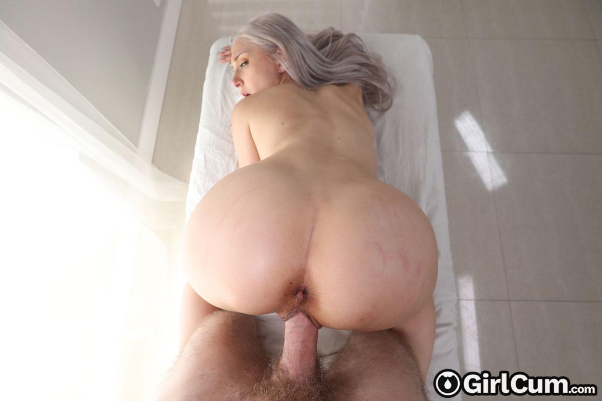 Girlcum: Skylar Vox - Orgasmic Massage