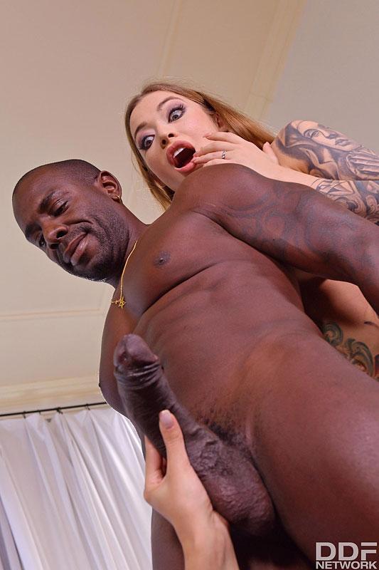 Hands On Hardcore: Misha Maver & Kira Queen - Big Black Dick For Two Wet Pussies