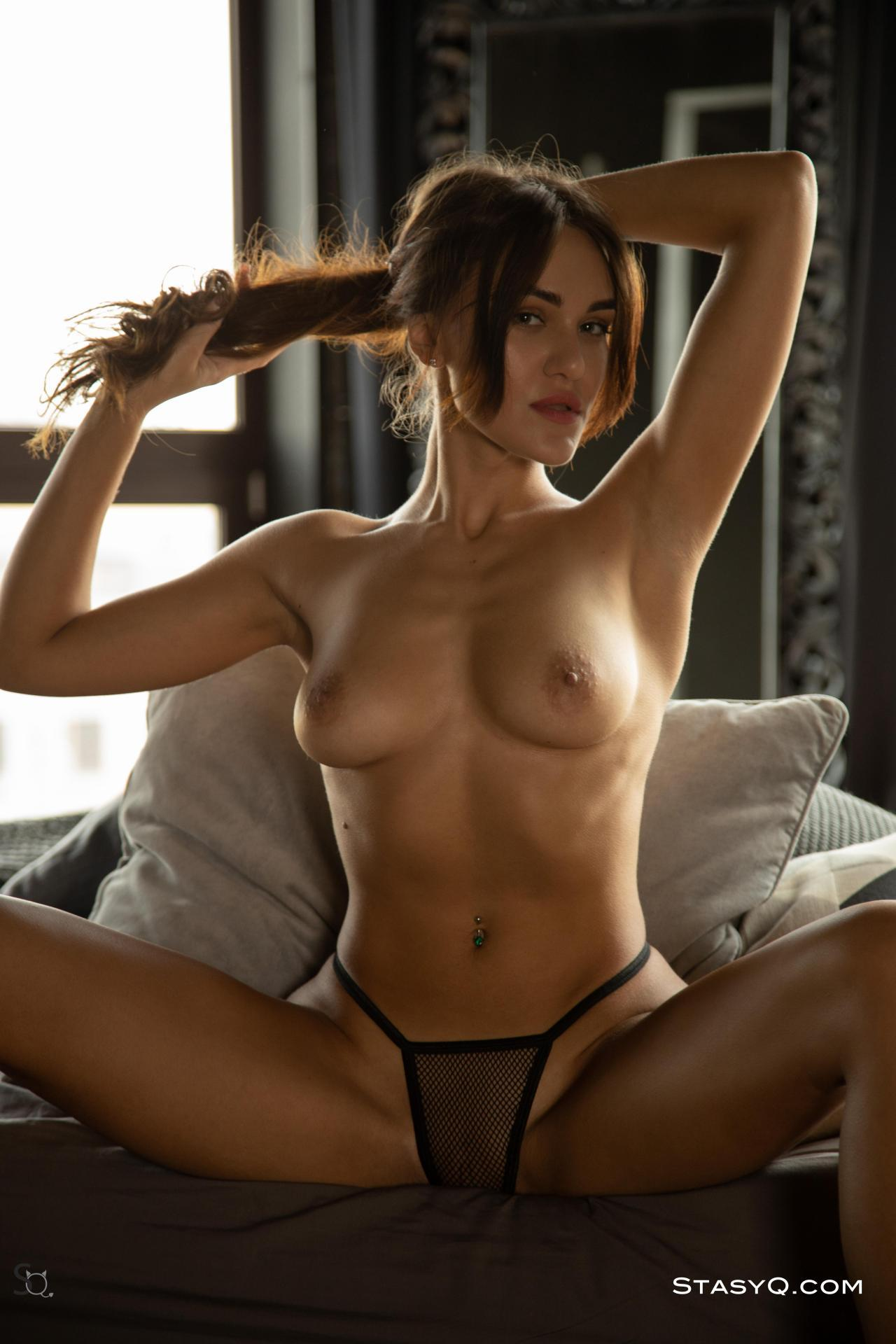 Stasyq Nude