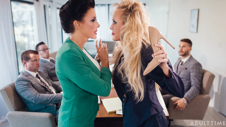 Girlsway: Reagan Foxx, Brandi Love - Office Lesbians